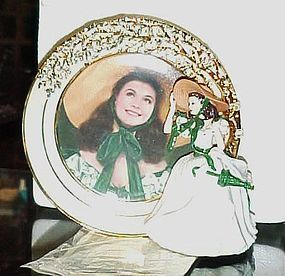 Belle of the Barbeque Reflections of Scarlett plate with figurine