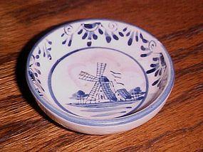 Vintage hand painted delft blue windmill open salt dip beehive mark