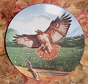 Knowles Magestic Birds of North America plate The Red-tailed Hawk MIB