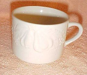 Tabletops unlimited Fruit De Blanc flat white cup only