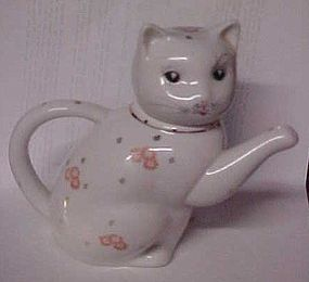 "Porcelain kitty cat teapot 5 1/2"" tall"