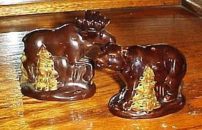 Cabin style Moose and Bear salt and pepper shakers