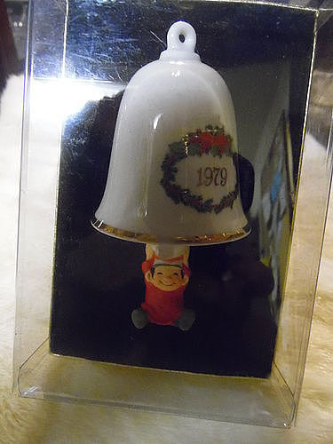 Hallmark Tree trimmer collection ast bellringer 1979 bell ornament