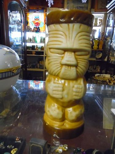 Trader Dick's Nugget Tiki totem drink glass