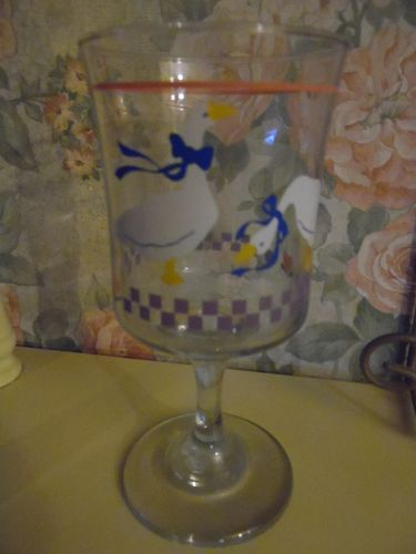 Libby Country Geese ribbon & pink heart Stemmed goblet