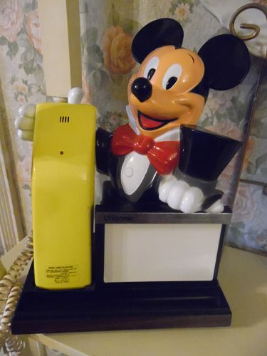 Vintage Unisonic Mickey Mouse telephone with memo board WORKS GREAT