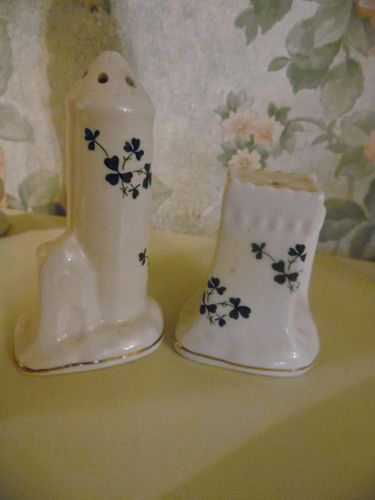 VTG Carrigdhoun Pottery Cork Ireland Irish Shamrock Salt Pepper Castle
