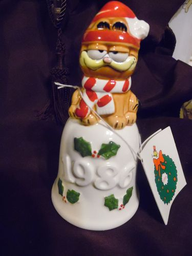 VintageEnesco Garfield Christmas Bell - Dated 1986