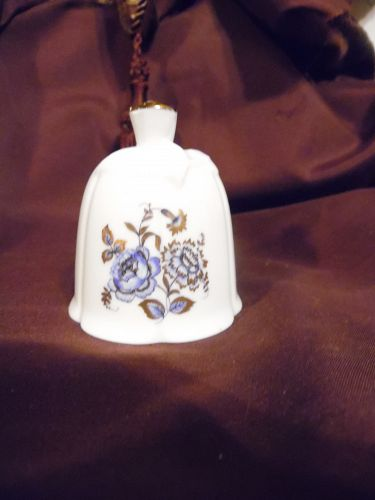 AOFI porcelain bell with blue flowers Bell collectors Club bell