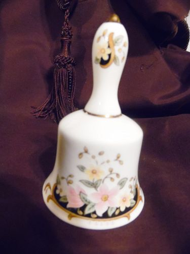 Bell collectors club Dutchess bone china bell with pink flowers