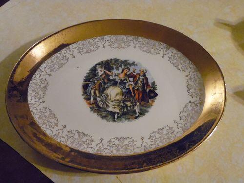 Sabin Crest O Gold 11 3/8 oval platter