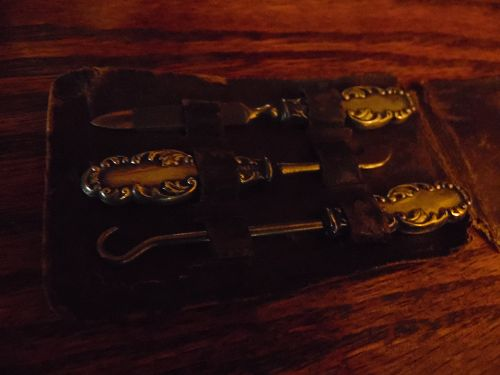 Antique ornate sterling silver little girls manicure set in case  H&H