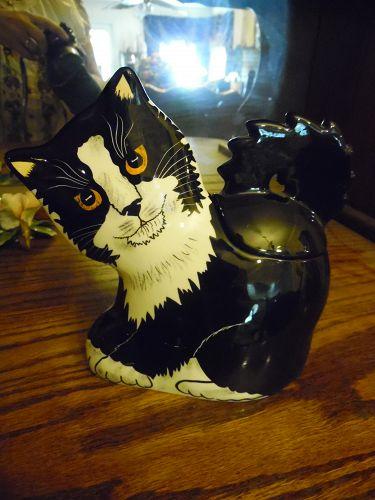Nina Lyman black and white cat jar with lid