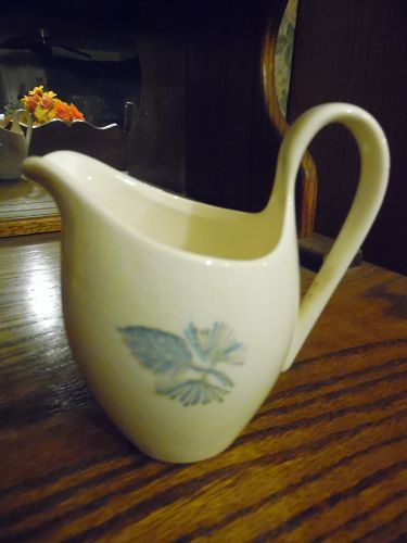 Marcrest Blue Spruce pine cone creamer 1950's