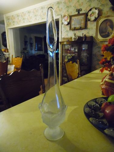 Viking clear vase with frosted cabbage leaves