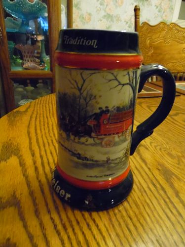 Budweiser ANHEUSER-BUSH 1990 Holiday Ceramic Beer Mug