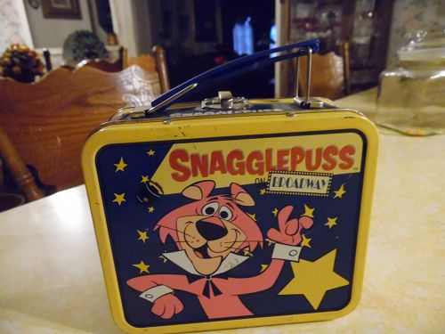 Vintage Snagglepuss on Broadway mini tin lunch box 1999