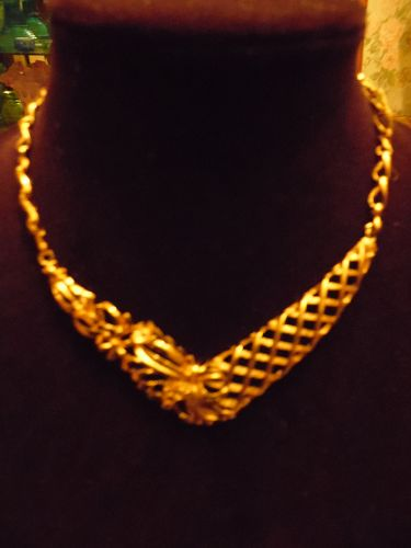 Vintage Monet Gold tone Flower trellis necklace