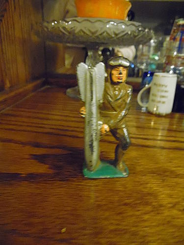Manoil lead soldier aviator with bomb