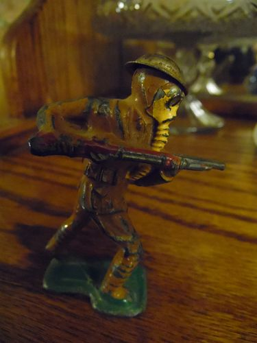 Vintage Barclay lead toy soldier with gas mask