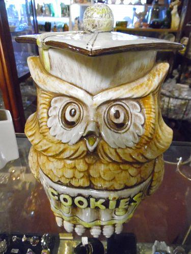 Vintage Treasure Craft Wise owl cookie jar
