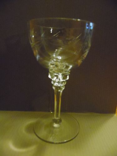 Tiffin-Franciscan Forever Yours  cut crystal  5 3/4 wine glass #17507