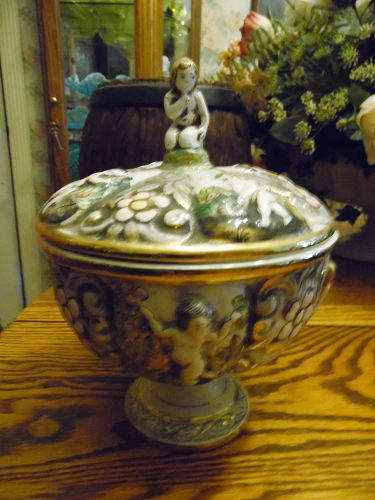Capodimonte Covered Compote or Candy Dish with cherubs