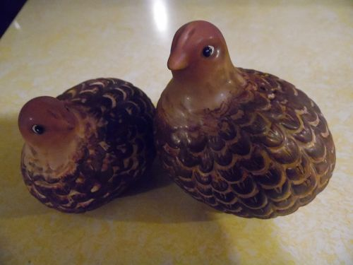 Vintage quail grouse partridge ceramic salt and pepper shakers