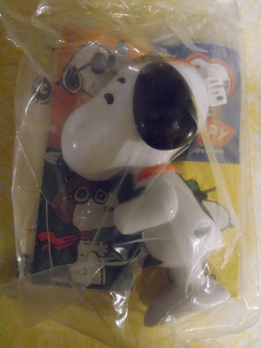 Peanuts Dr. Snoopy Burger King toy mint in package