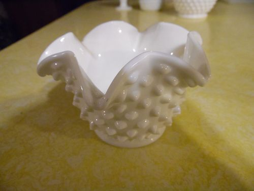 "Fenton milk glass hobnail  5"" star bon bon"