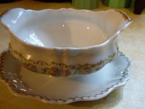 O.P. Co. Syracuse pink flowers SY52 gravy boat with liner circa 1910