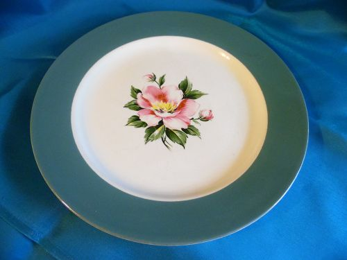 Homer Laughlin Empire green dinner plate