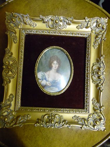 Cameo Creations 7x8  Mrs Croker by Vincent Nesbert
