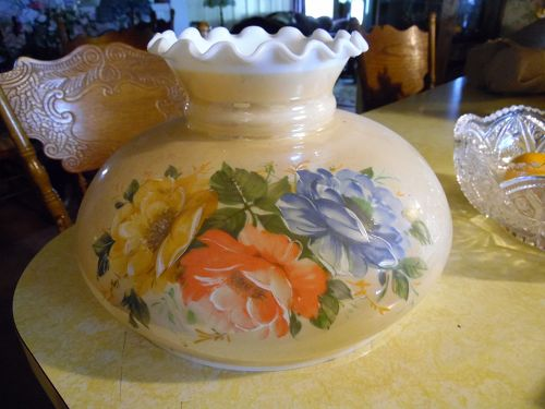 Replacement lamp shade with roses  10 inch fitter