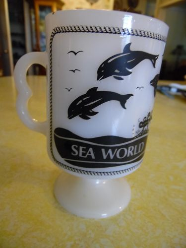 Sea World Shamu milk glass mug by Fireking Anchor Hocking
