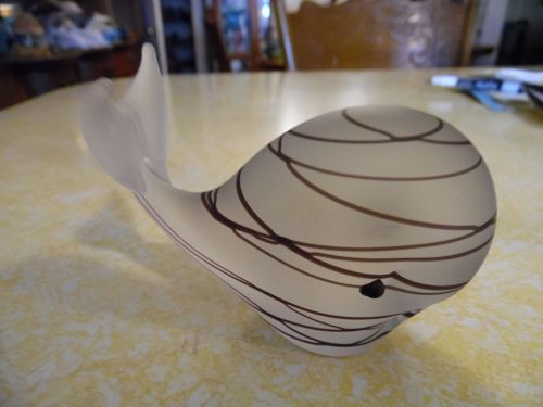 Vintage frosted art glass whale paperweight with black threads