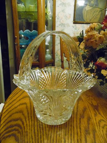 Large Imperial Cristal flower basket Pantheon pattern.