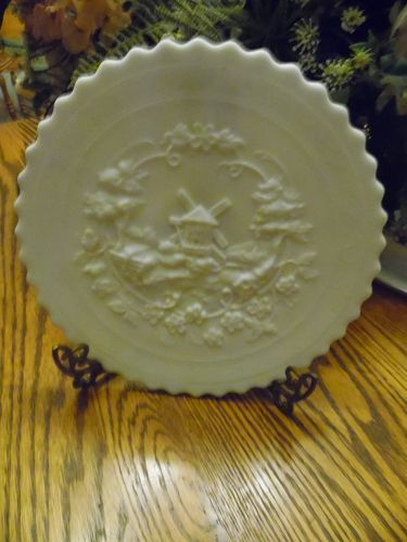 Vintage 1960's Imperial Glass Milk White Doeskin Windmill Design Plate