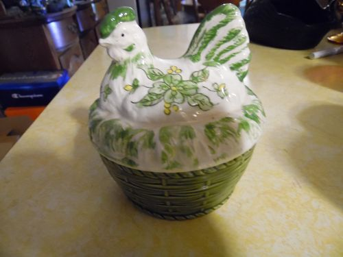 Vintage Lorrie Designs ceramic hand painted hen on a nest dish