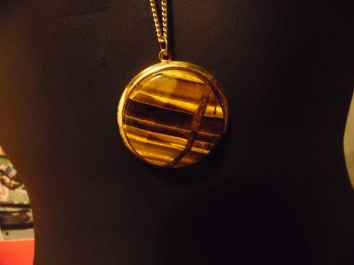 Lovely vintage goldtone tigers eye  locket and chain