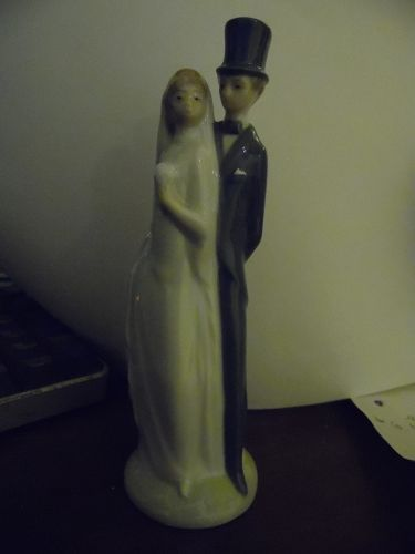 NAO by LLADRO of SPAIN bride and groom Wedding Figurine