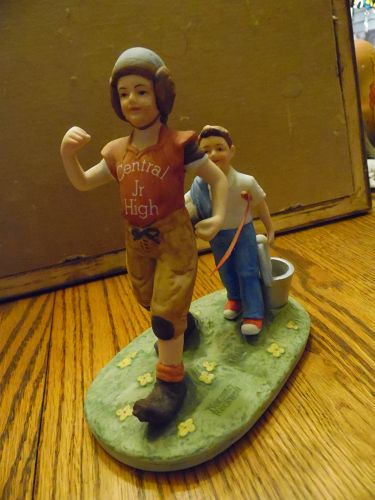 Norman Rockwell figurine, Saturdays Hero Norman Rockwell Museum 1984