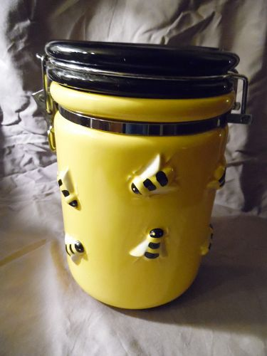 Department 56 Bee BUZZ airtight cookie canister jar