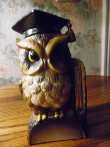 Adorable  ceramic wise owl thermometer wearing graduation cap