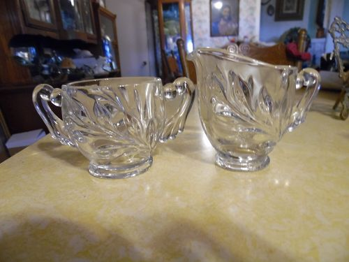 Indiana Glass Willow Sugar and Creamer Pitcher Set Pattern 1008