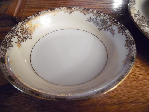 """Vintage Noritake Revenna """" fruit sauce bowl"""