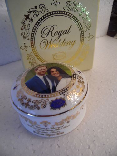 Souvinir trinket box Prince Harry and Meghan Markle brand new boxed