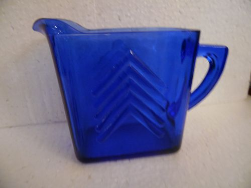 Vintage Hazel Atlas Cobalt blue chevron pitcher square/rectangular. Me