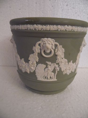 Vintage Wedgwood Green Planter Jasperware Cache Pot Lion Greek garland