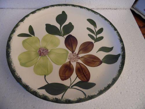 "Blue Ridge Potteries Green Briar dinner plate 9 3/8"""